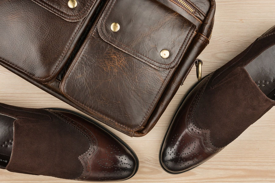 Luxurious-Leather-Brown-Shoes-briefcase