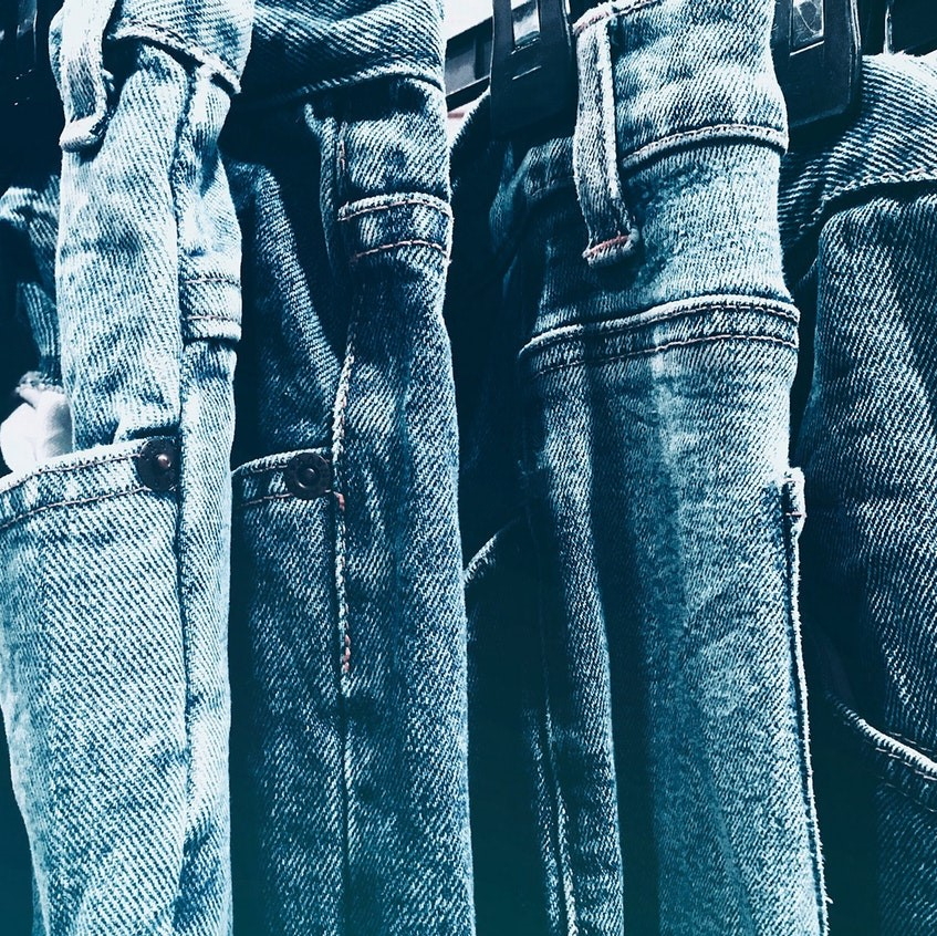 blue-jeans-close-up-60302 (2)-1